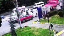 Kadıköy'de akılalmaz olay ! Çekicinin kaldırdığı araçtan düştü