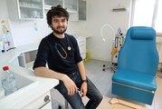 """Médecins de villages : """"A 23h, je suis au cabinet"""""""