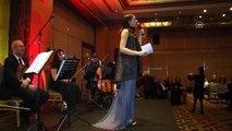 Yıldırım Mayruk, Türk kadının zarafetini podyuma taşıdı