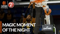 7DAYS Magic Moment of the Night: Stefan Jovic & Devin Booker, Khimki Moscow Region