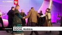 Vor 20 Jahren: Putin und Bush tanzen in Sotschi