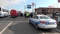 Kocaeli bariyere çarpan otomobil devrildi: 1 yaralı