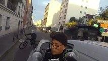 Un enfant intervient pendant une grosse dispute entre un conducteur et un cycliste... Pas commode le jeune