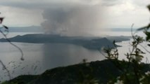 Amazing Time Lapse Shows Giant Smoke Coming Out of Taal Volcano