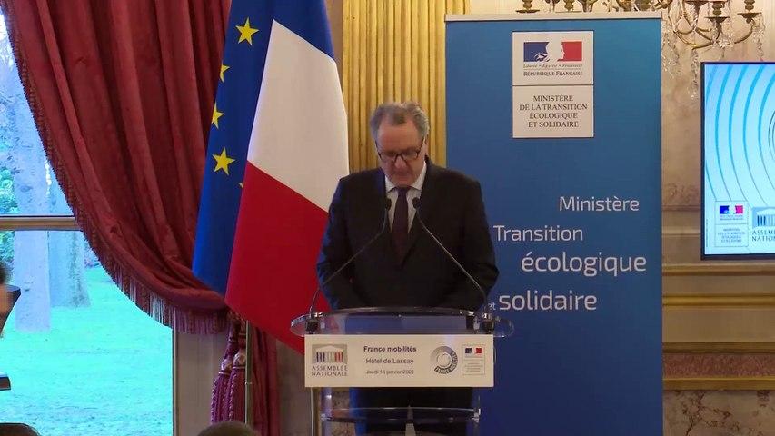 Ouverture de la présentation de la démarche France Mobilités, en présence de Mme Elisabeth Borne, ministre de la Transition écologique et solidaire et M. Jean-Baptiste Djebbari, secrétaire d' État en charge des Transports - Jeudi 16 janvier 2020
