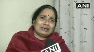 बीजेपी-AAP पर भड़कीं निर्भया की मां, रोते हुए बोलीं- बेटी की मौत से साथ मजाक मत होने दीजिए