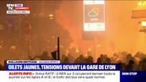 Manifestation à Paris: à gare de Lyon la situation est tendue, les pompiers luttent contre un incendie