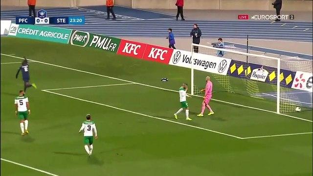 Le Paris FC ouvre le score : Jérémy Menez ouvre son compteur