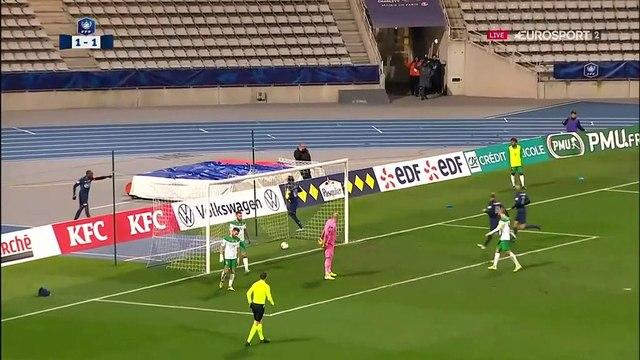 Contre attaque éclair du Paris FC conclue par Pitroipa : l'ASSE en danger