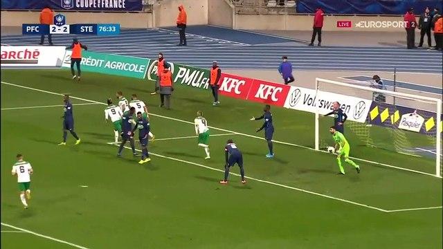 Debuchy délivre les Verts : le 3e but de Saint-Etienne