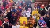 - Hindistan'da Binlerce Kadın Sokaklara Döküldü