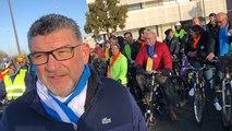 Municipales à La Roche-sur-Yon. Le maire fait un tour à vélo pour parler des mobilités