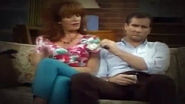 Married with Children S05E06 Kelly Bounces Back