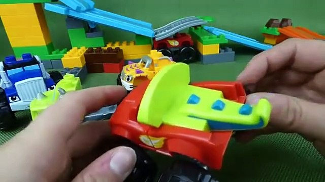 Blaze and the Monster Machines Mix and Match Mega Bloks Toys Blaze, Crusher, Zeg and Stripes Toys-