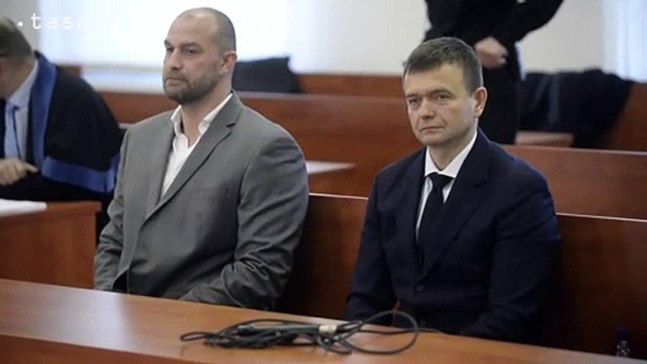 ŠTS pokračuje s pojednávaním vo veci vraždy J.Kuciaka, na súde sú Haščák aj Bödör