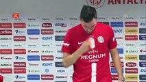 """Sinan Gümüş: """"Antalyaspor 'Gel yardım et' dedi, geldim"""""""