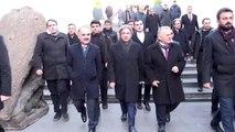 Kültür ve Turizm Bakan Yardımcısı Demircan, tarihi mekanları gezdi