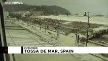 Каталонию накрыло пеной