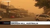 Heftiger Sandsturm zieht über australische Outback-Stadt hinweg