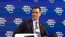 Sánchez destaca el compromiso del Ejecutivo con reducir el déficit