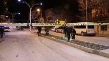 Burdur'da bacağından bıçaklanan kişi yaralandı