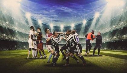 إليكم أبرز اللاعبين المشاغبين على أرض الملعب