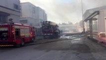 Mobilya atölyesinde çıkan yangın hasara neden oldu