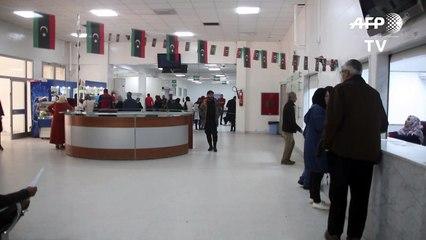 الحرب تخنق المستشفيات الحكومية في العاصمة الليبية