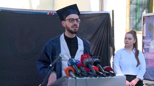 """""""Universiteti i Korrupsionit""""/ Protesta e Qëndresës qytetare për të ironizuar cilësinë e arsimit"""