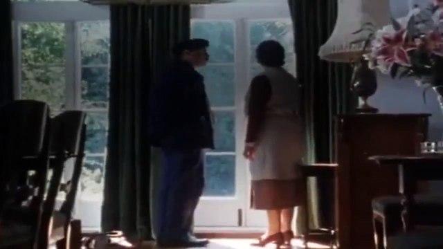 Agatha Christie's Poirot - S 2 E 2 - The Veiled Lady