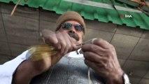 Antalyalı 72 yaşındaki Ali dede el emeği berelerini depremzedelere gönderecek
