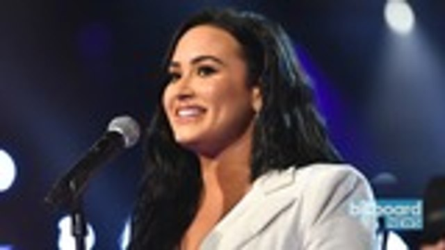 Demi Lovato Gives Emotional Performance of 'Anyone' at 2020 Grammys | Billboard News