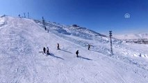 Bitlis'teki kayak merkezinde sömestir yoğunluğu