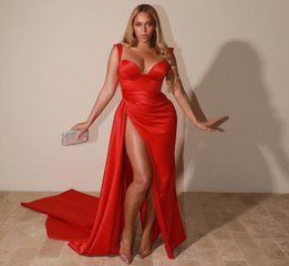 Beyoncé's Bombshell Leg Reveal Stole the Show at the Pre-Grammys Gala