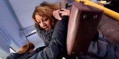 Rusya'da otobüste kadınların yer kavgası