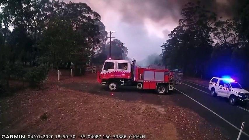 Des pompiers quittent en urgence les lieux et ont bien fait