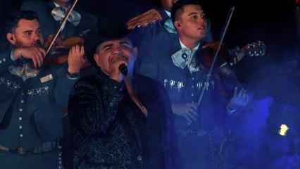Chuy Lizárraga y Su Banda Tierra Sinaloense - Le Pedí