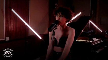 Barbara Pravi - Voilà   Le Petit Live