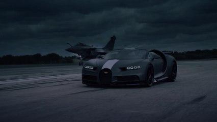 Bugatti Chiron Sport 'Les Légendes du Ciel' se encuentra con Dassault Rafale Marine - un enfrentamiento de dos superlativos