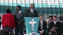 """""""Mes frères et mes sœurs, nous sommes un seul pays, nous sommes un seul peuple"""" : Nelson Mandela, une vie"""