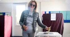 31 Mart'ta oy kullanmaya giderken giydiği taytı eleştirilen Pınar Altuğ, kendisini savundu