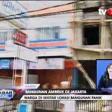 Detik-detik Bangunan Ruko 3 Lantai di Jakarta Timur Ambruk