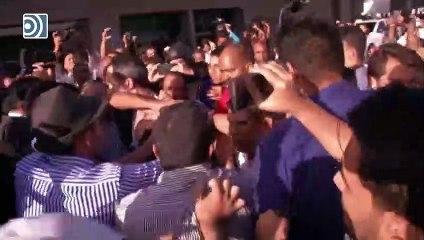 Juan Guaidó, agredido por una multitud chavista al llegar a Venezuela