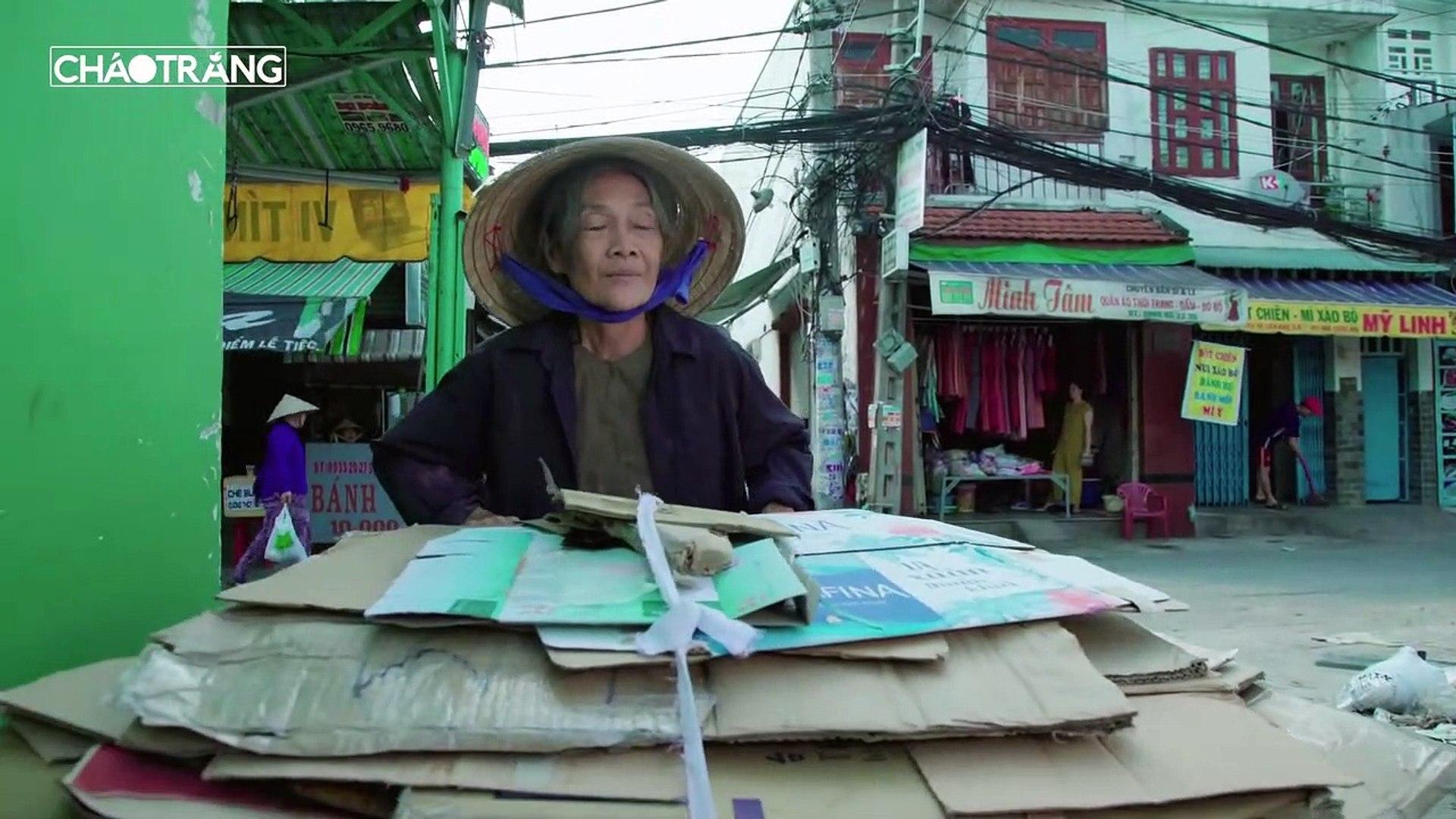 Coi Thường Bà Lão Mua Phế Liệu Và Bài Học Đắt Giá - Phim Ngắn 2019 - Cháo Trắng 02