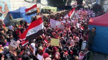 Des centaines de femmes défilent à Bagdad pour défendre leur droit de manifester