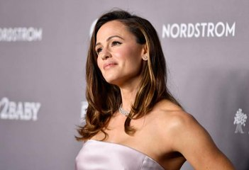 Sorry, Jennifer Garner Is Better at Jumping Rope Than You
