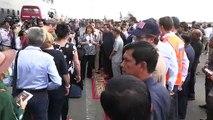 Coronavirus: soulagés, des touristes débarquent au Cambodge après les refus de cinq pays