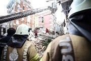 Bahçelievler'de çöken binanın etrafındaki 5 bina tedbir amaçlı boşaltıldı