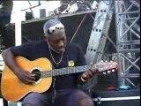 Jacob Desvarieux en concert avec Haitian Troubadours