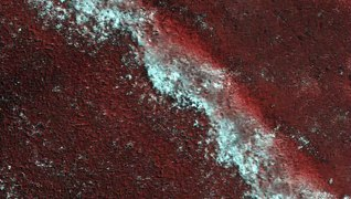 Spacecraft Captures A Slice Of 'Polar Layer Cake' On Mars
